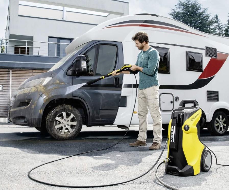 Hidrolimpiadora karcher para limpiar tu coche