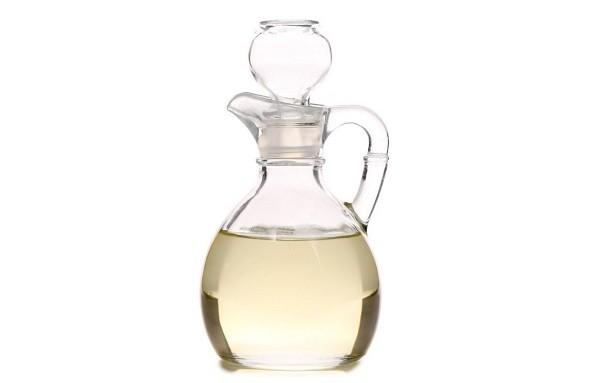 Vinagre blanco para limpiar la plancha de teflón