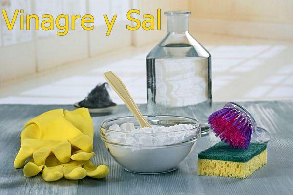 Vinagre y Sal - como limpiar la plancha
