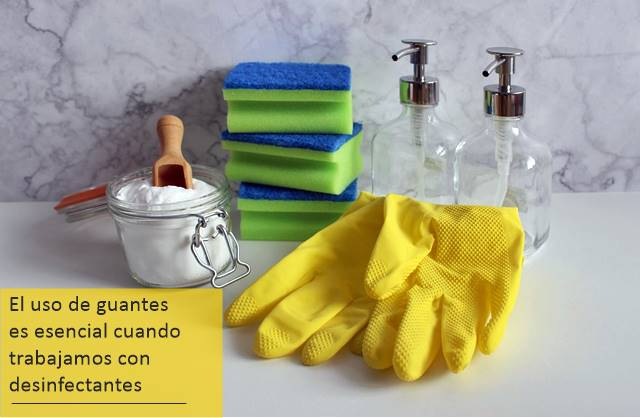 Hay que mantener precaución cuando limpiamos ocn desinfectantes