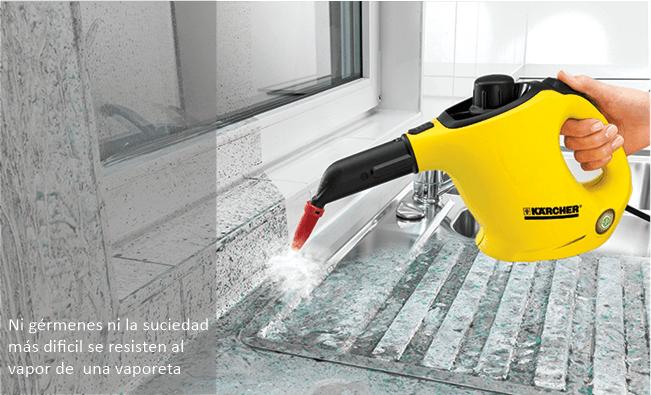 Limpiando las ventanas con una vaporeta