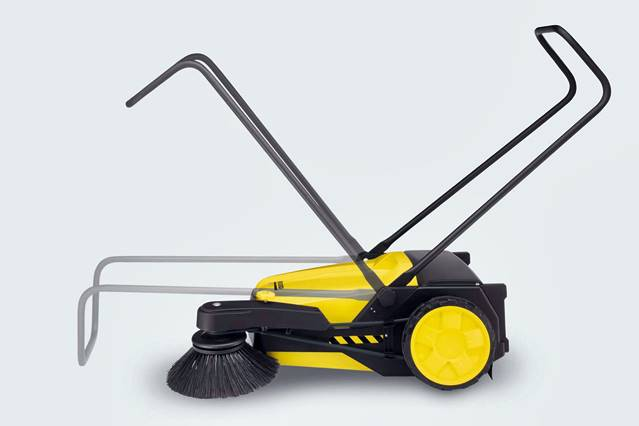 Barredora de mano karcher s750. Con mango funcional y plegable