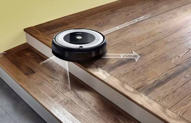 El robot aspirador Roomba 616 va provisto de sensores anti caída