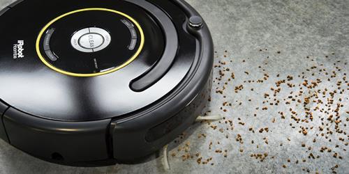 Roomba 650 limpiando