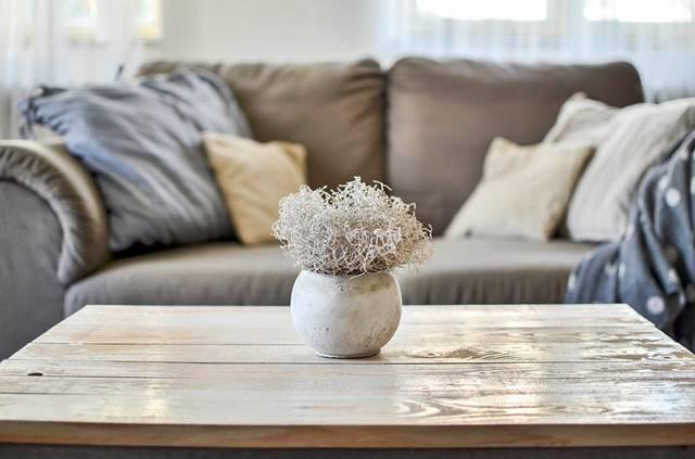 LImpiar un sofá de tela consejos caseros