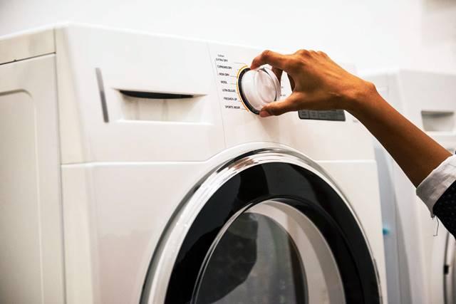 Se puede limpiar las alfombras en la lavadora
