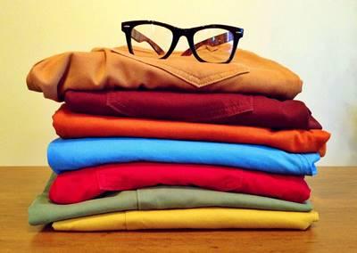 cómo limpiar manchas de aceite de ropa de color