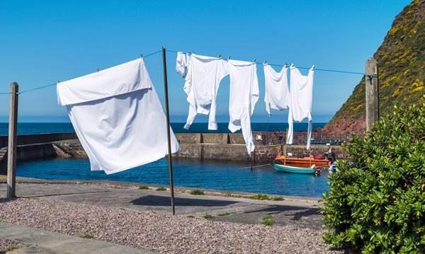 Cómo prevenir que amarillee nuestra ropa de color blanco