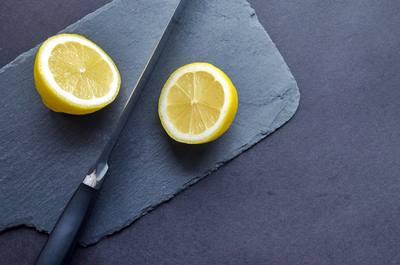 Limón para limpiar la plancha de vapor