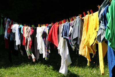 Vestiti asciugare prima